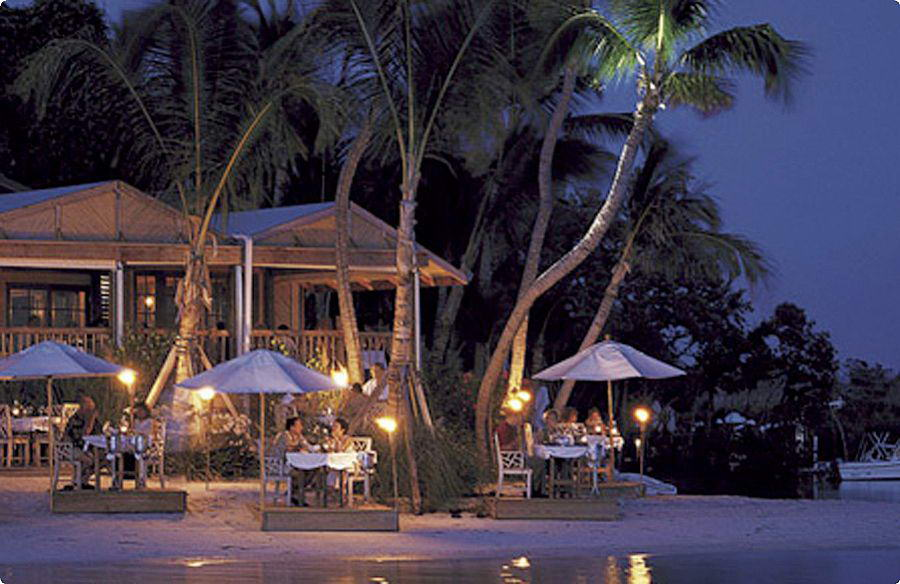 Little Palm Island Resort & Spa-Dining at the beach