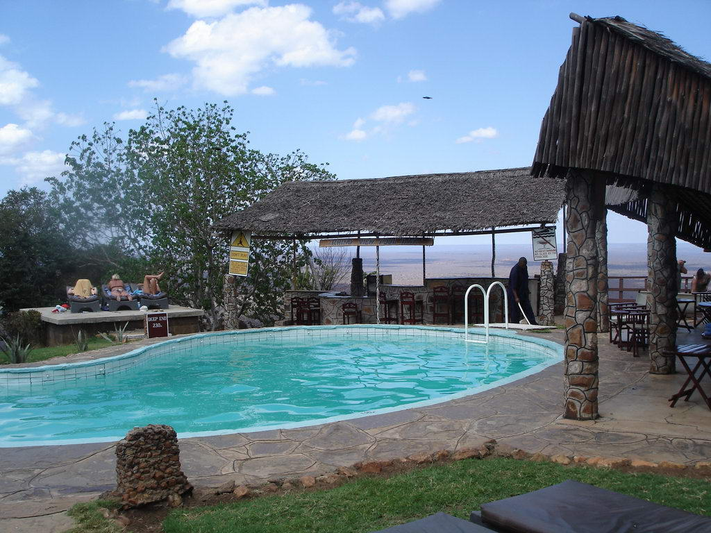 Ngulia Safari Lodge Pool