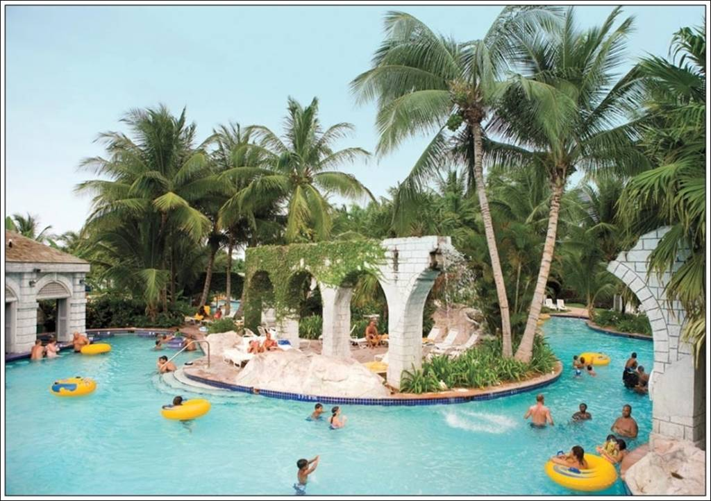 Hotels with lazy rivers eccentric hotels for Best spa vacations in us