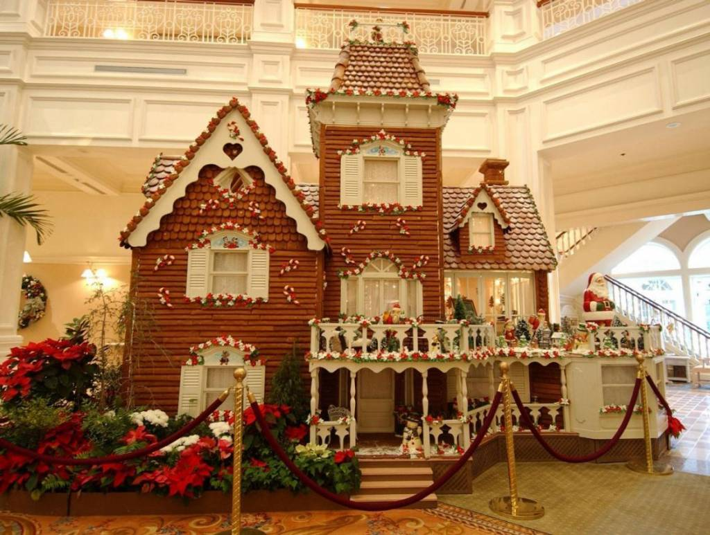Hotels with best christmas decoration eccentric hotels for Decor hotel sucha beskidzka