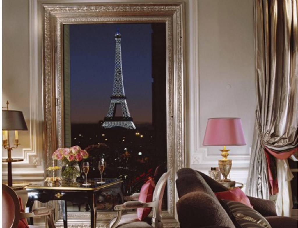 Quot La Vie En Rose Quot Trough Your Window Hotels With Best View