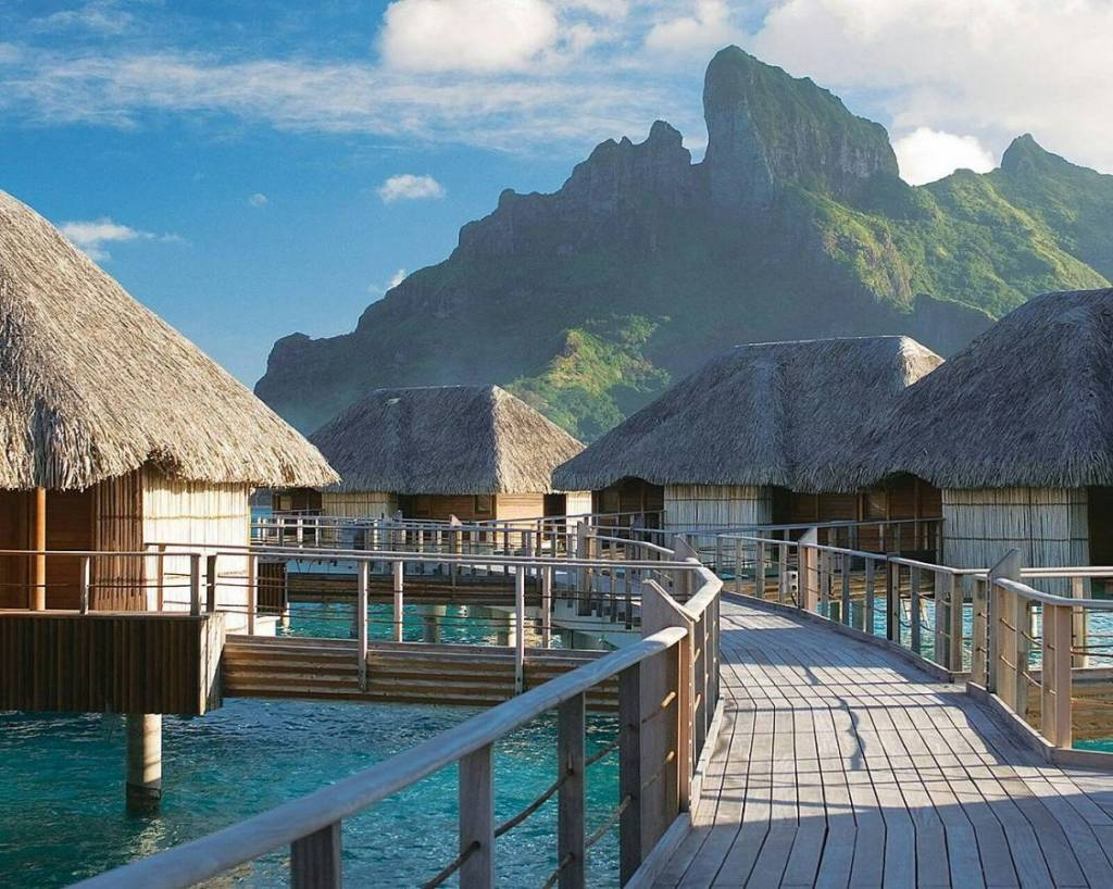 Four-Seasons-Bora-Bora-View